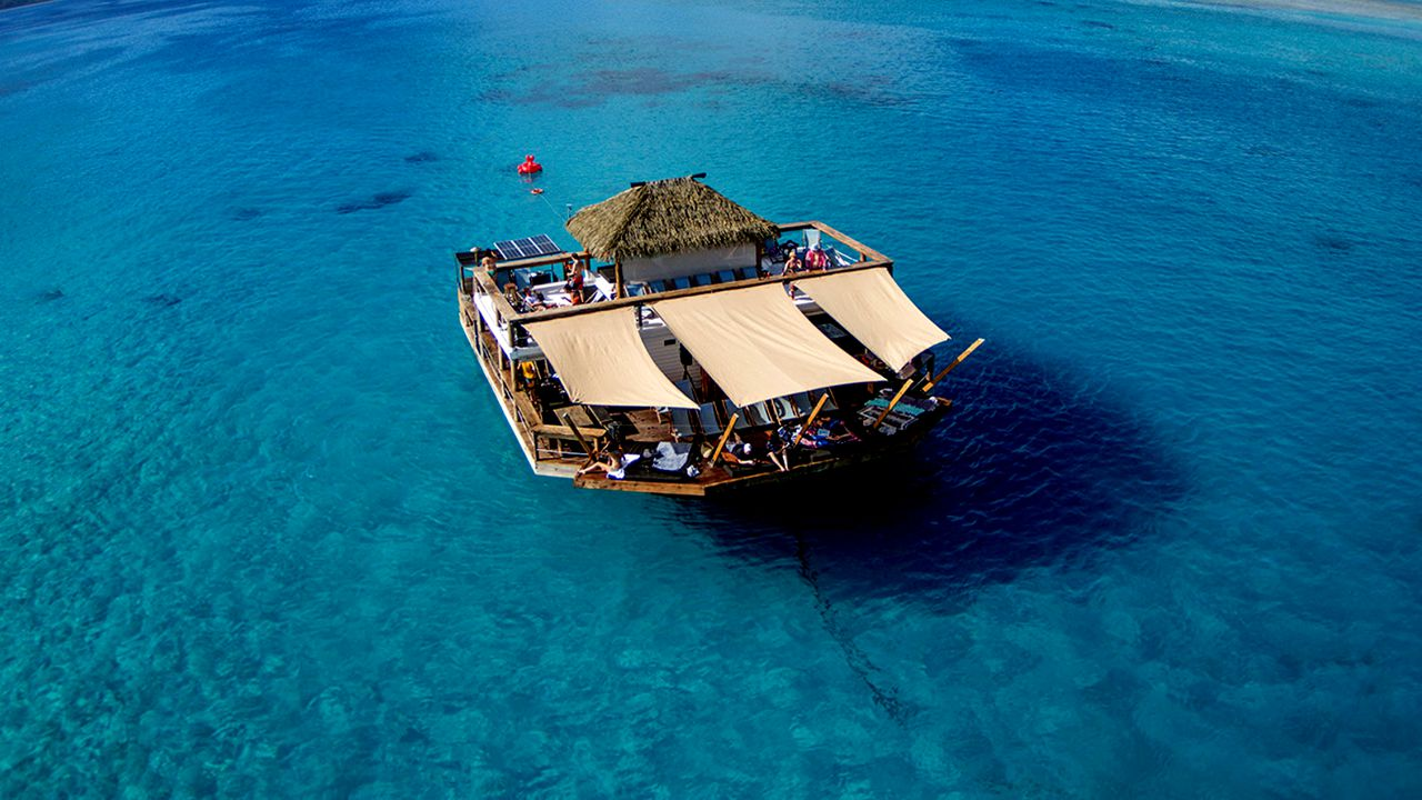 Cloud 9 Floating Pizza Bar Fiji
