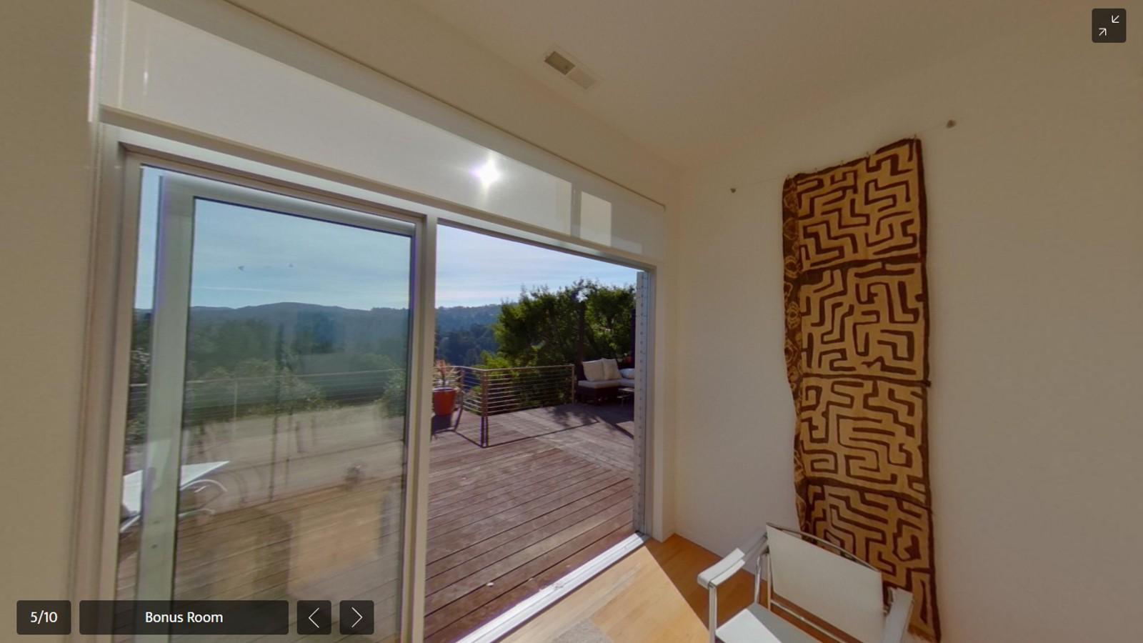 220 Forest Av Palo Alto Ricoh 360 Tour Bonus Room