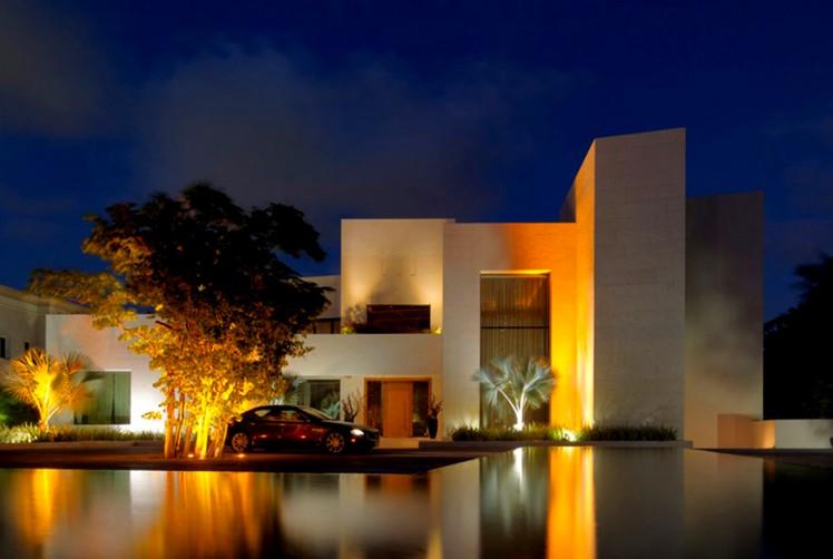 Xtreme Vision Dubai Private Villa Slide 3