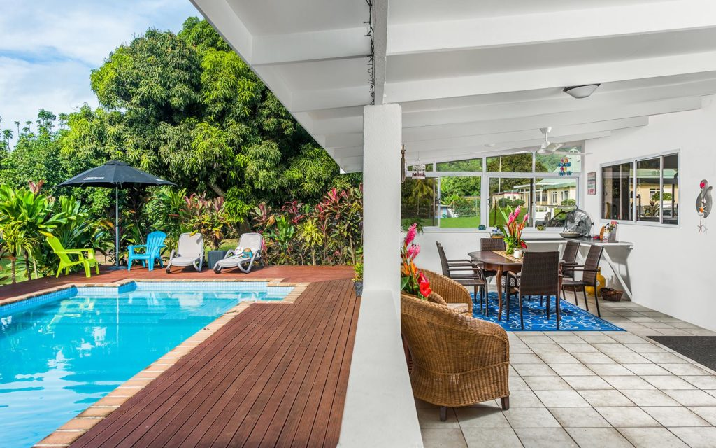 Jeff Tikitau Cook Islands Real Estate Professional on Global viewr (7)
