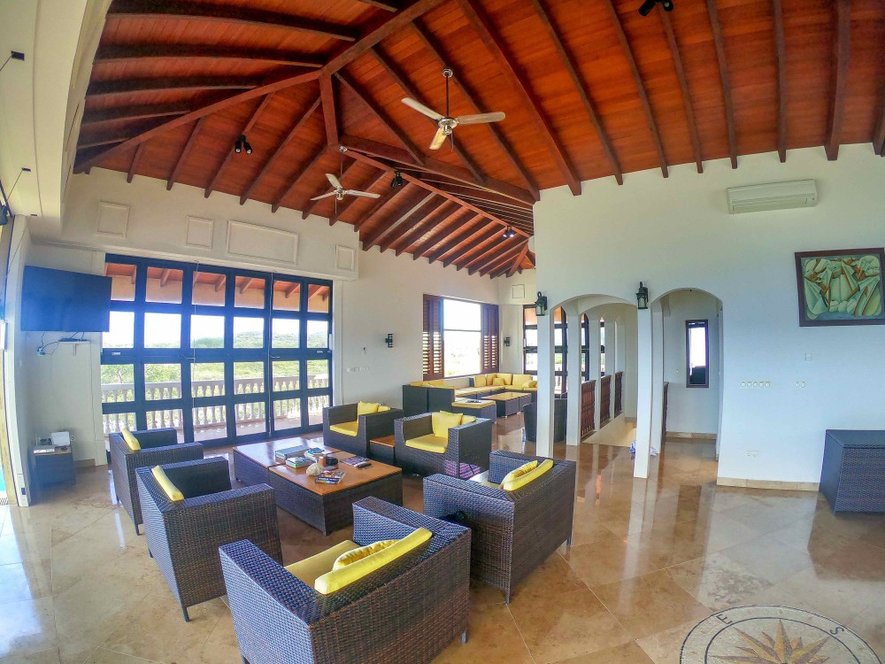 waterfront-house-for-sale-curacao-3-1000x750