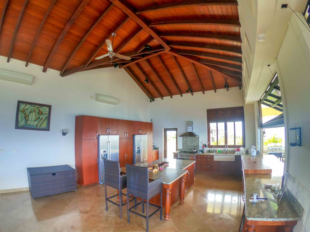 waterfront-house-for-sale-curacao-5-1000x750