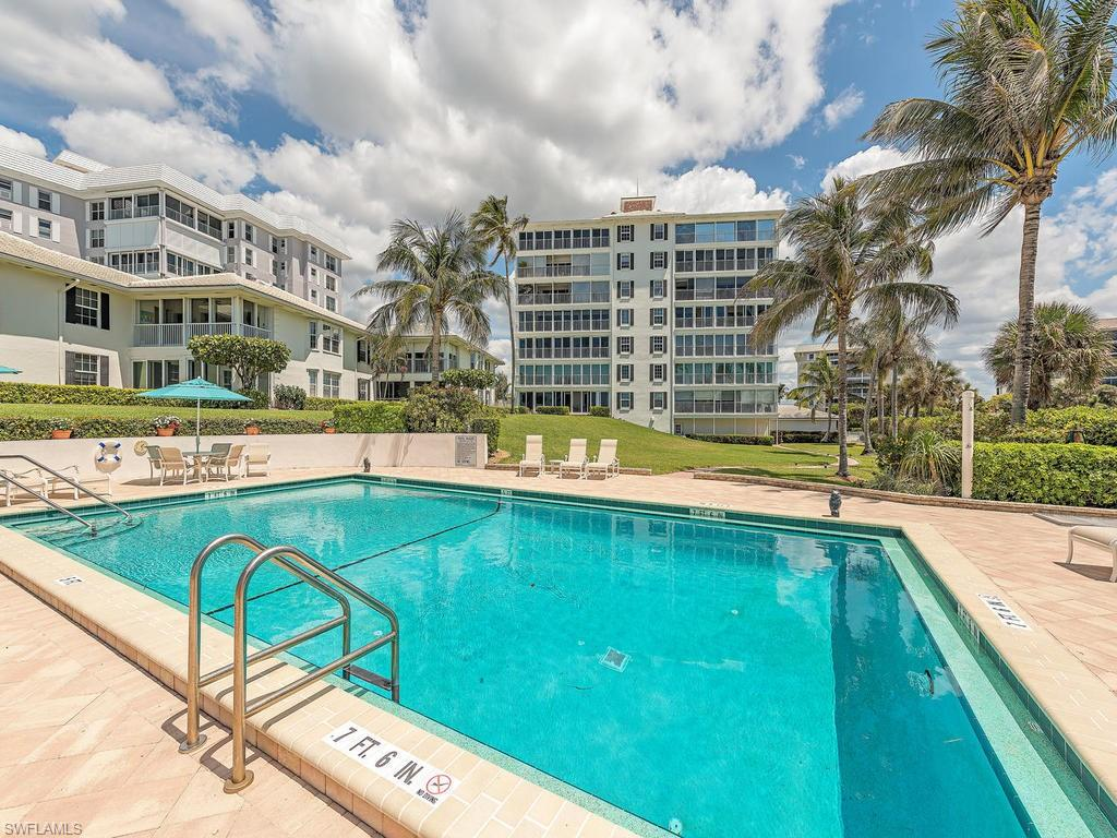 VK Melhado 2701 Gulf Shore BLVD N 102 Naples Florida
