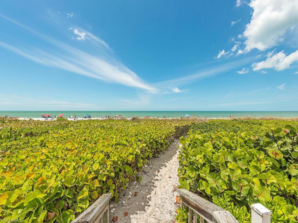 VK Melhado 2701 Gulf Shore BLVD N 102 Naples Florida 21